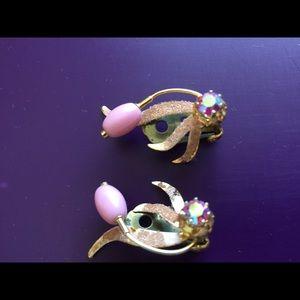 Vintage pretty in pink aurora borealis clip one